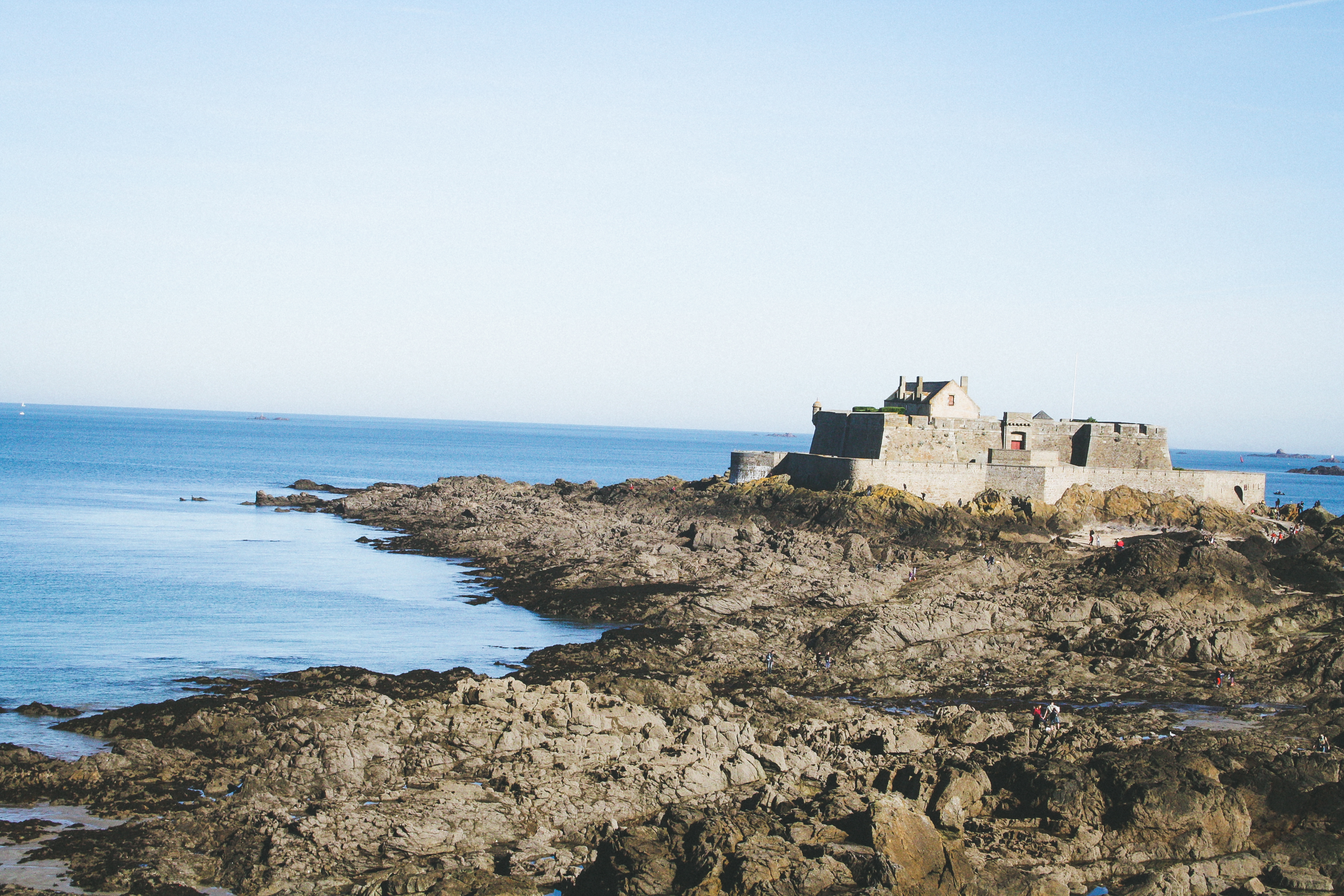st-malo-rempart-vue-mer