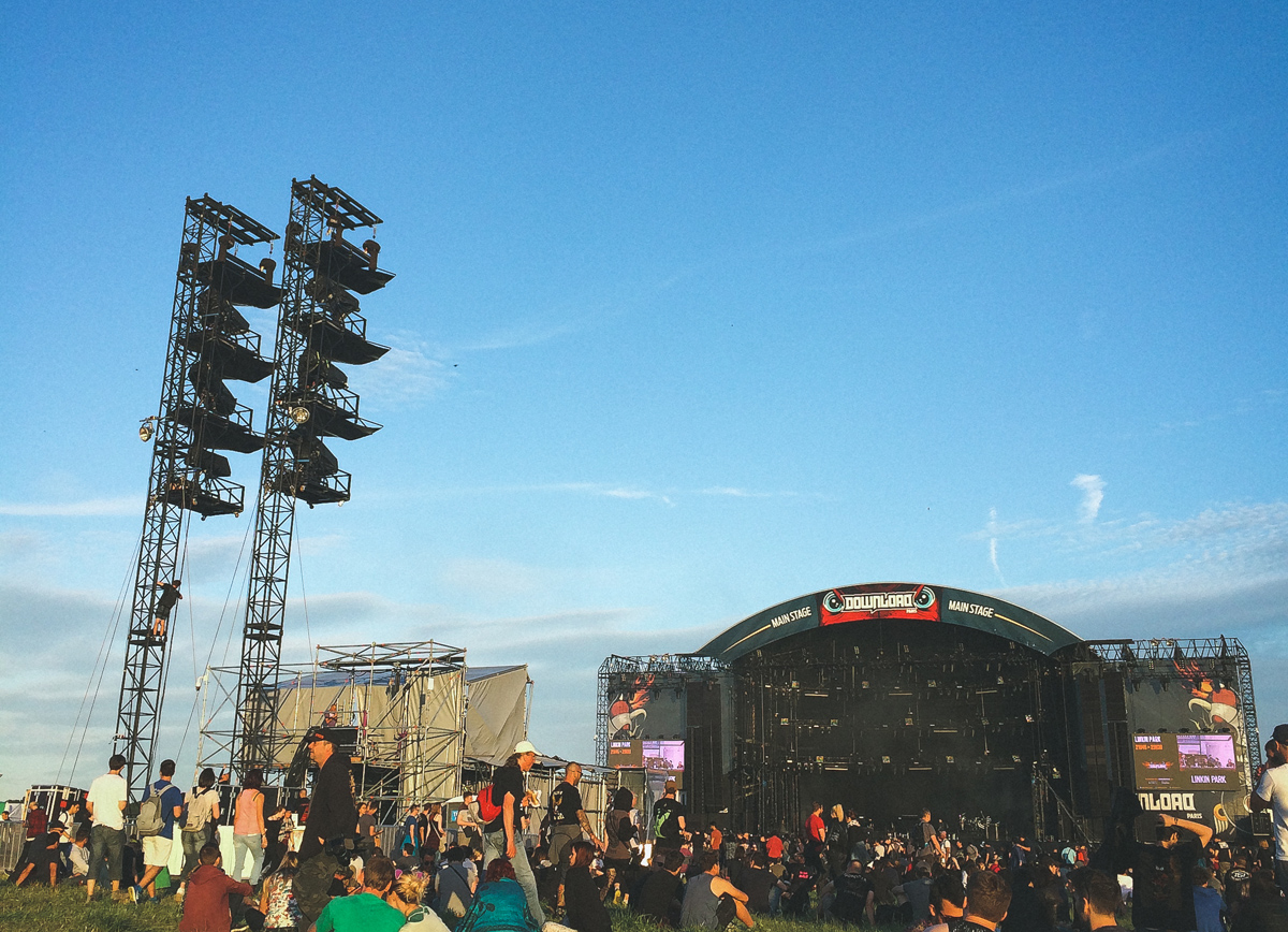 download-festival-main-stage